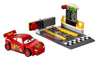 LEGO 10730 - LEGO Juniors - Villám McQueen versenyautó indítója