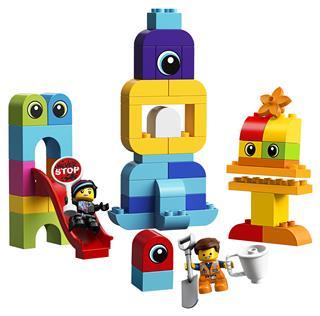 LEGO 10895 - LEGO DUPLO - Emmet és Lucy látogatói a DUPLO bolygóról