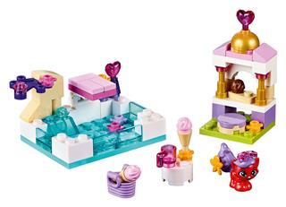 LEGO 41069 - LEGO Disney - Treasure egy napja a medencében