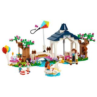LEGO 41447 - LEGO Friends - Heartlake City park