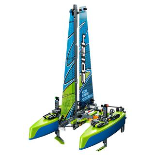 LEGO 42105 - LEGO Technic - Katamarán
