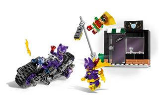 LEGO 70902 - LEGO Batman Movie - Macskanő™ - Motoros hajsza