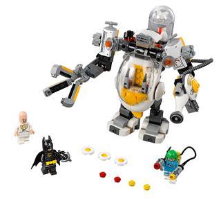 LEGO 70920 - LEGO Batman Movie - Egghead™ robot harca az élelemért