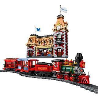 LEGO 71044 - LEGO Disney - Vonat és vasútállomás