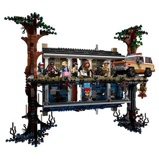 LEGO 75810 - LEGO Stranger Things - The Upside Down