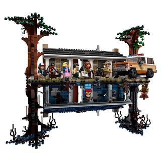 LEGO 75810 - LEGO Stranger Things - The Upside Down
