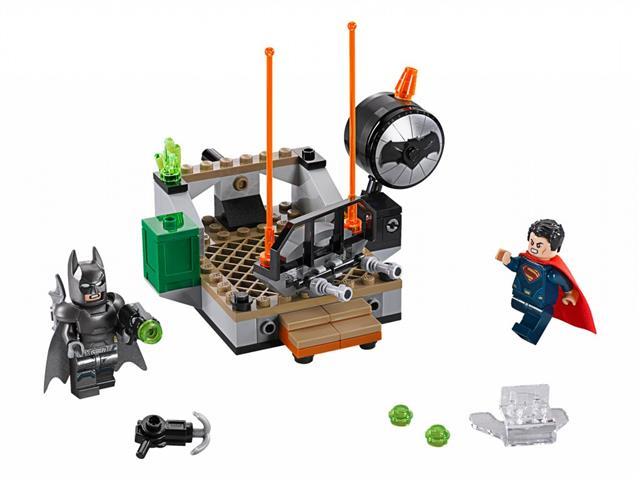LEGO 76044 - LEGO Super Heroes - Hősök viadala