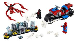 LEGO 76113 - LEGO Super Heroes - Pókember motoros mentése