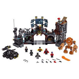 LEGO 76122 - LEGO Super Heroes - Agyagpofa támadása a Denevérbarl...