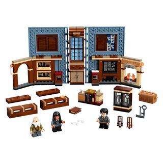 LEGO 76385 - LEGO Harry Potter - Roxfort™ pillanatai: Bűbájtan óra