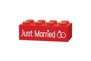LEGO GLK009 - LEGO gravírozott kocka - Just married (piros)